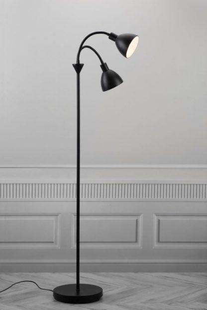 podwójna, czarna lampa podłogowa