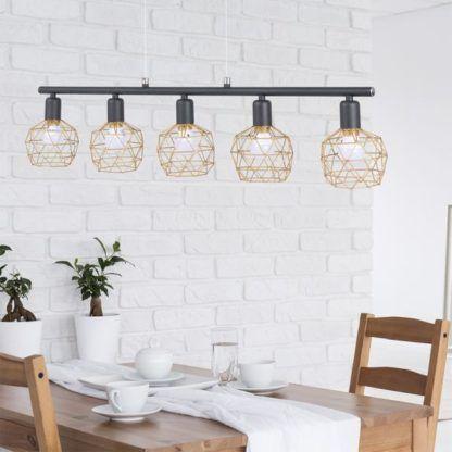 skandynawska lampa wisząca, ażurowa - aranżacja jadalnia jasna