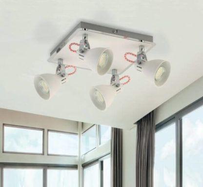 biała lampa sufitowa, cztery klosze, kwadrat