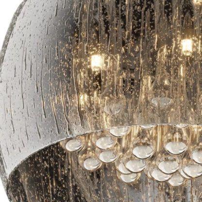 plafon w stylu glamour, z efektem deszczu i kryształkami