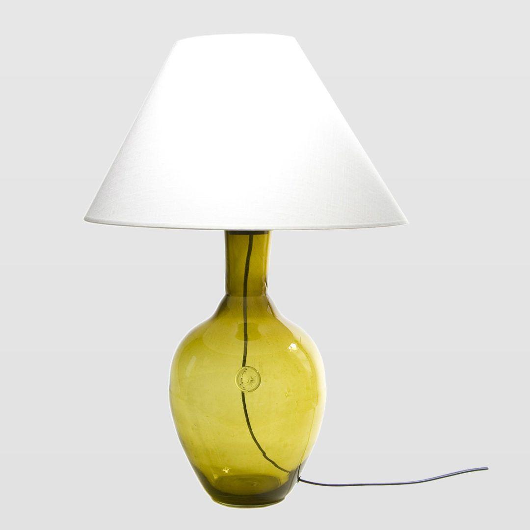 oliwkowa lampa stołowa eco, barwione szkło - aranżacja scandi