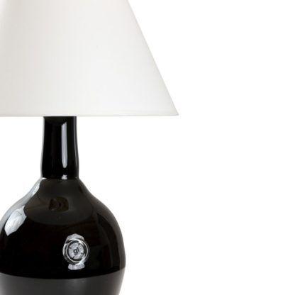 czarna, szklana lampa stołowa z białym abażurem, nowoczesna, black&white