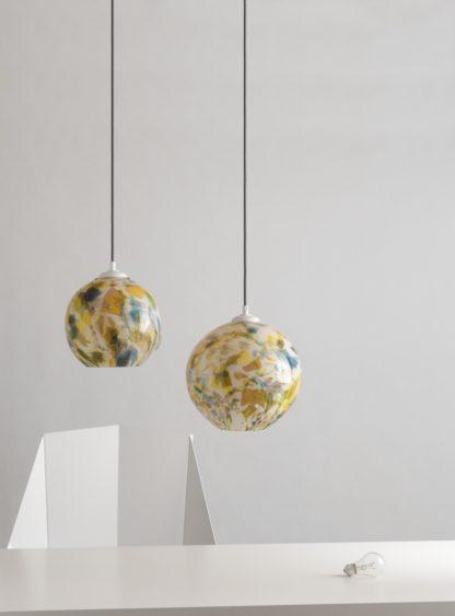 okrągła lampa wisząca, barwione szkło