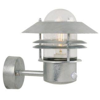 Srebrny kinkiet Blokhus z dekoracyjną żarówką - Nordlux - czujnik ruchu, IP54
