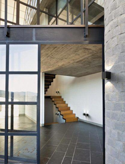 kinkiet zewnętrzny - nowoczesna aranżacja dużo szkła