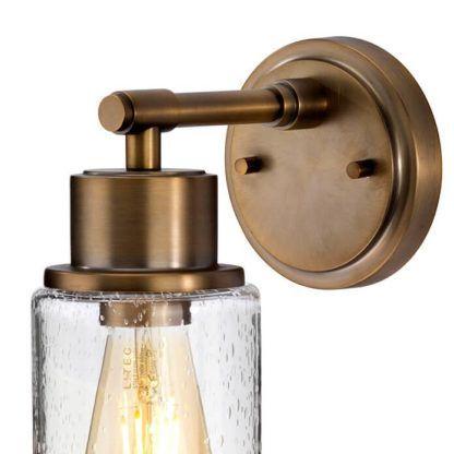 brązowy, metalowy kinkiet w stylu industrialnym z metalowym kloszem