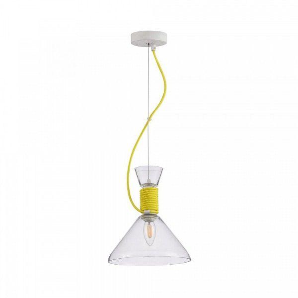 bezbarwna lampa wisząca z żółtym kablem