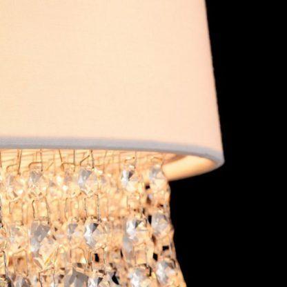 duża lampa wisząca, biały abażur i kryształki