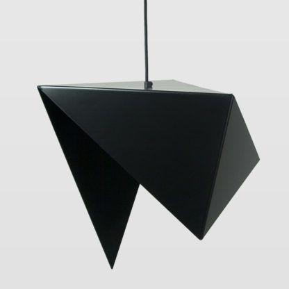 metalowa lampa wisząca, czarna, asymetryczna