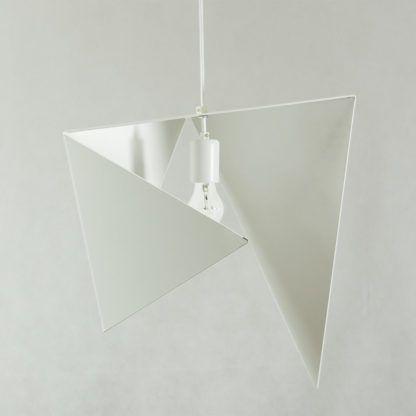 lampa wisząca biały metal