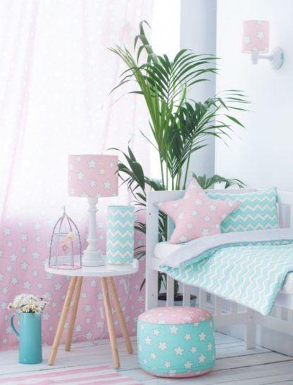 różowy pokój dziecięcy oświetlenie