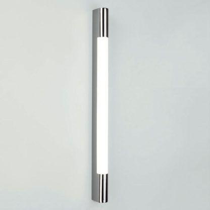 Długi kinkiet Palermo 900 - mleczny klosz, IP44, srebrny