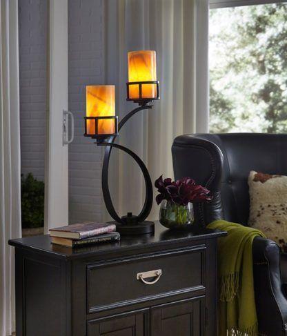 brązowa lampa stołowa z dwoma kloszami z onyksu aranżacja