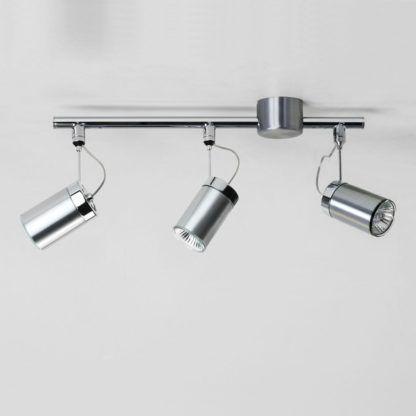 srebrna lampa szynowa z 3 reflektorami