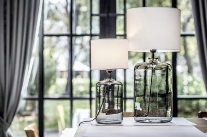 Efektowna lampa stołowa Ystad  - szara podstawa, biały abażur