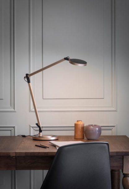 złota lampa do biura nowoczesna aranżacja