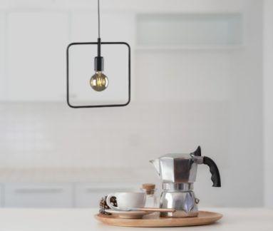 Kwadratowa lampa wisząca Tobik - metalowy klosz, industrialna
