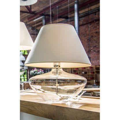szklana lampa stołowa z abażurem