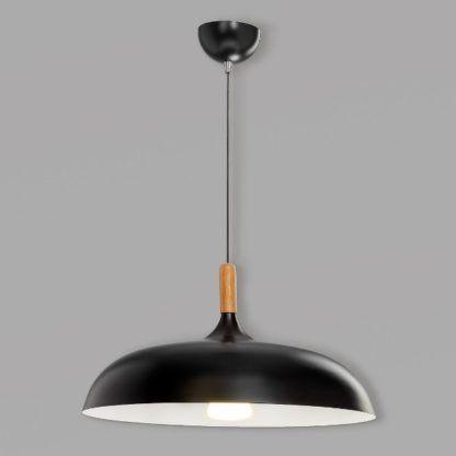 czarna lampa wisząca z dużym kloszem do kuchni