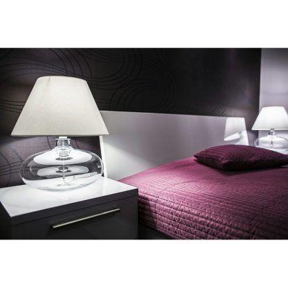 szklana lampa do sypialni aranżacja