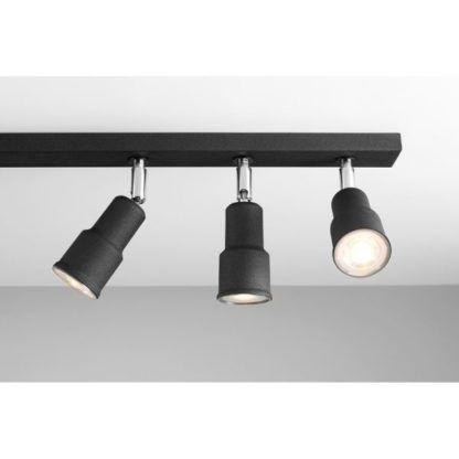 lampa sufitowa z reflektorami