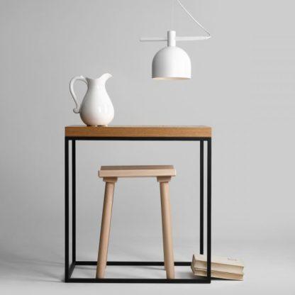 biała lampa wisząca nowoczesna