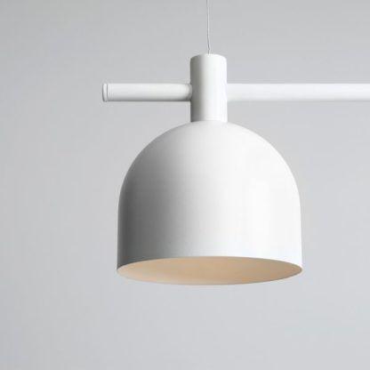 Biała lampa wisząca Beryl - 2 klosze na poziomej belce, scandi