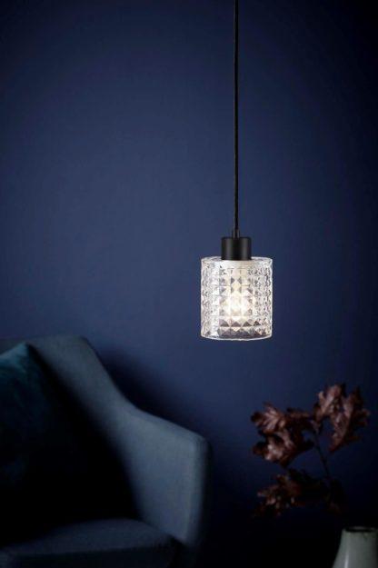 lampa wisząca z dekoracyjnego szkła