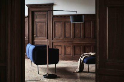 lampa podłogowa czarna elegancka
