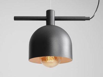 czarna lampa wisząca do sypialni