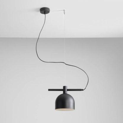 czarna lampa wisząca łatwy montaż