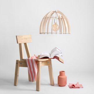 Drewniana lampa wisząca Forest - ażurowy klosz, półkula