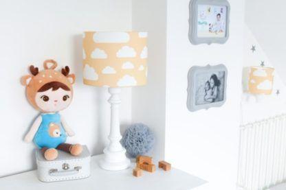musztardowe lampy do pokoju dziecka