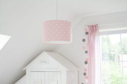 lampy wiszące do pokoju dziecka jasny róż