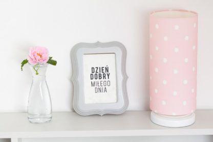 Różowa lampka nocna Lovely Dots Pink - abażur w białe kropeczki