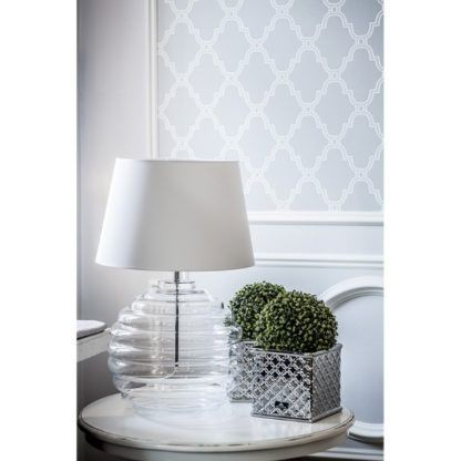 bezbarwna lampa stołowa do salonu
