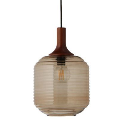 szklana lampa wisząca z drewnianym elementem