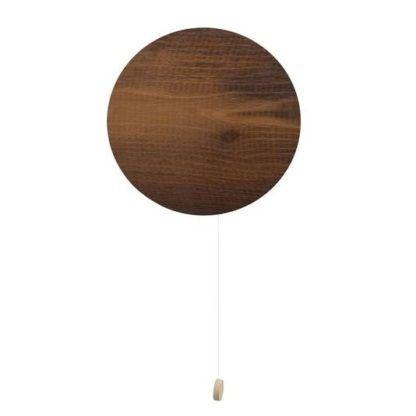 drewniany kinkiet na sznureczek