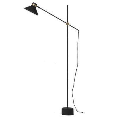 wysoka czarna lampa podłogowa nowoczesna