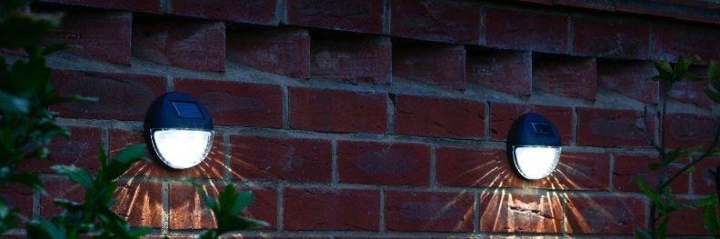 ogrodzenie na oświetleniu i słupkach