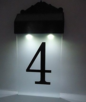 podświetlany numer domu