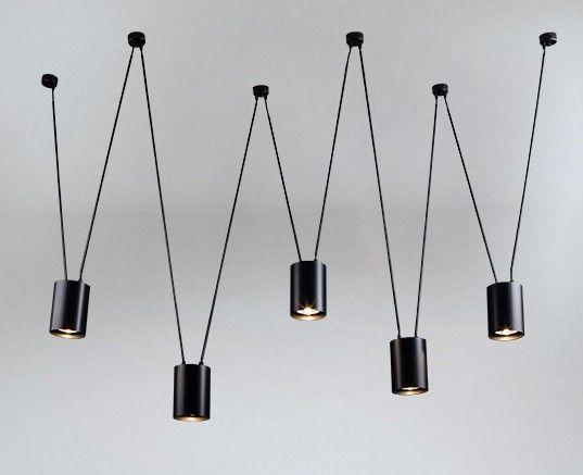 nowoczesny minimalistyczny żyrandol nad stół