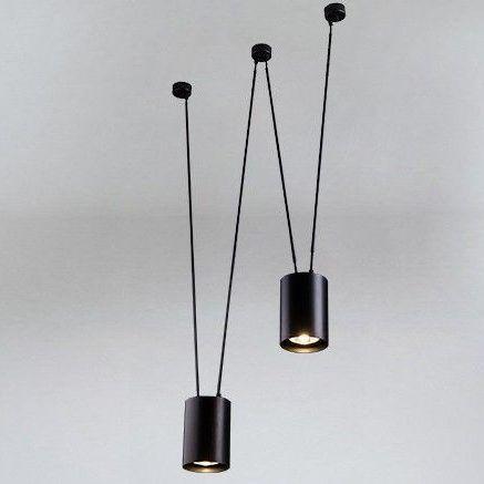 lampa z dekoracyjnymi kablami