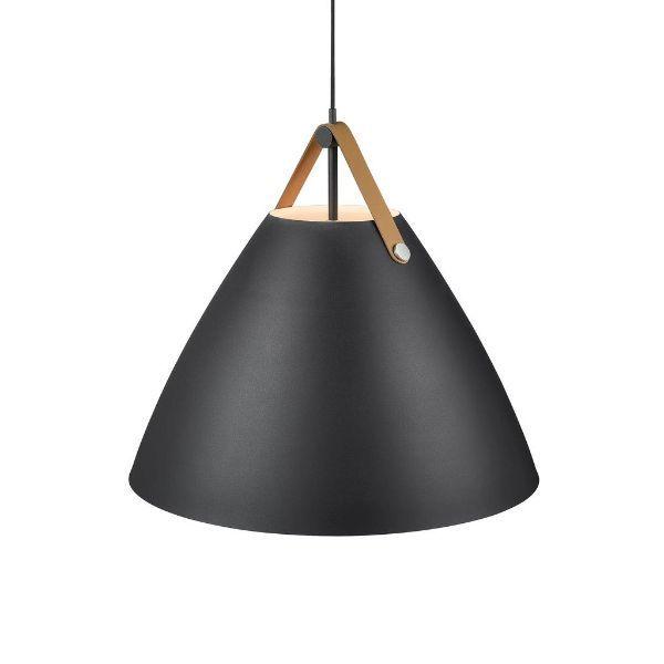 czarna lampa wisząca w stylu skandynawskim