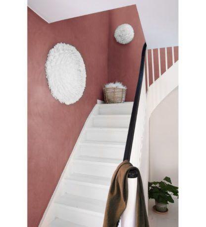 duży kinkiet z pierza aranżacja schody