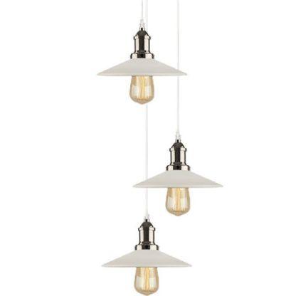 industrialna lampa wisząca z białymi, metalowymi kloszami