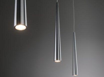 srebrna lampa wisząca nowoczesna