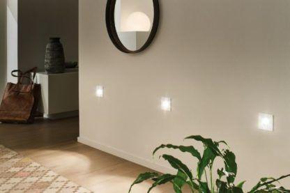 nowoczesny kinkiet wpuszczany w ścianę mały