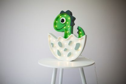 Lampa drewniana zielona Dino - lampki LED