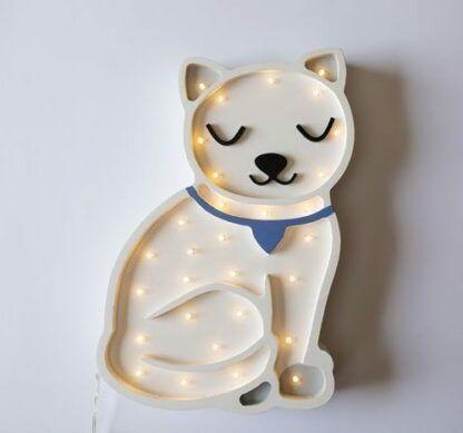 lampa drewniana w kształcie kotka